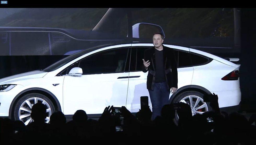 Breakit - Teslas nya superbil är här - världens snabbaste SUV