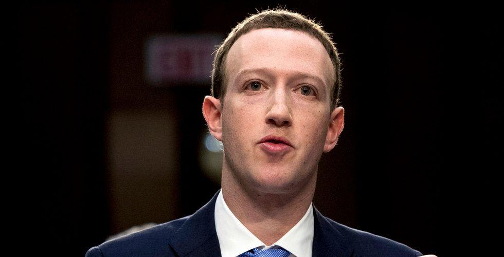Tidigare Facebook-toppen: Mark Zuckerberg borde avgå