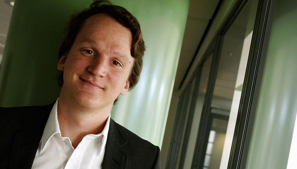 Nicklas Storåkers och Pricerunner köper upp sajten Bäst i test