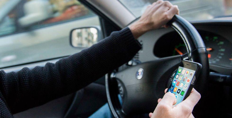 Breakit - Så stor del av britterna e-handlar när de kör bil