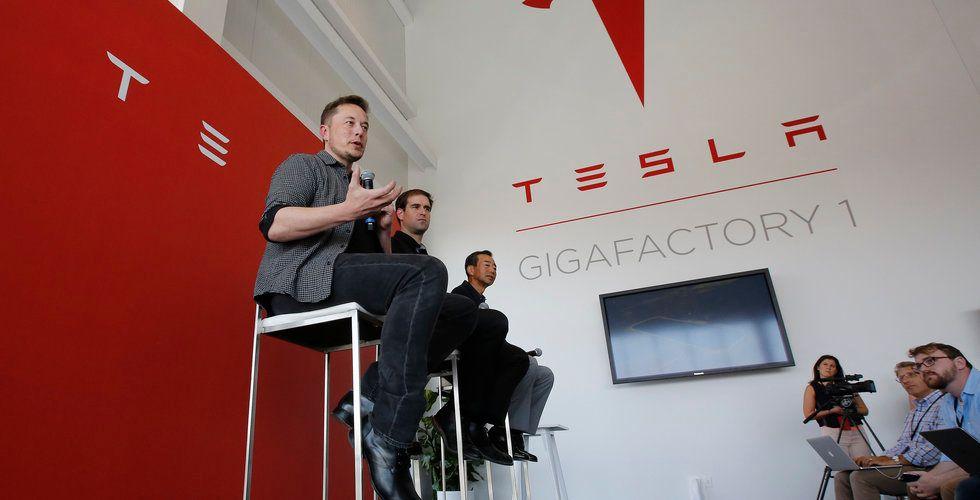 Breakit - Tesla kapar batterikostnaderna för elbilar