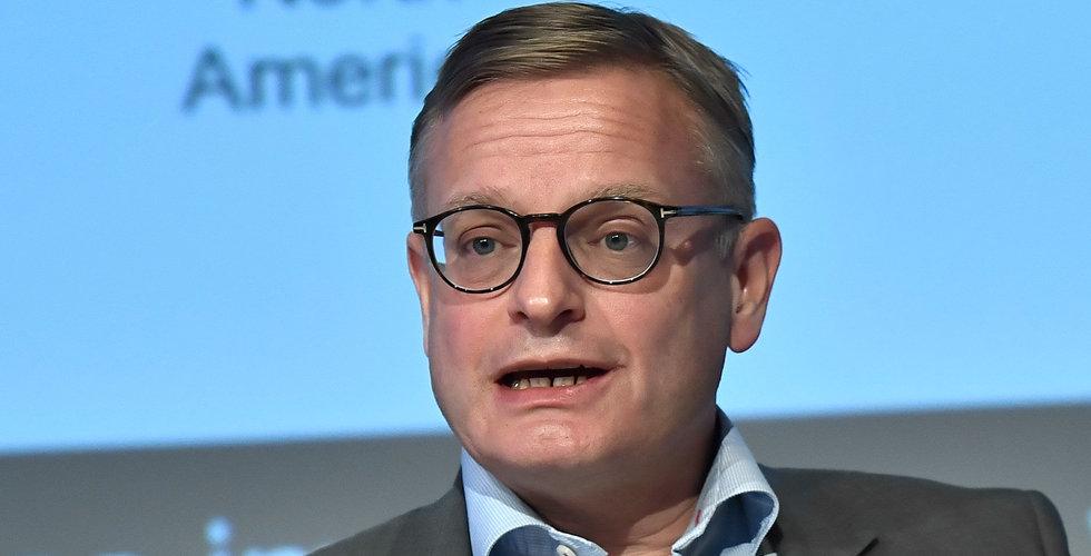 Ericsson kickar toppchefer