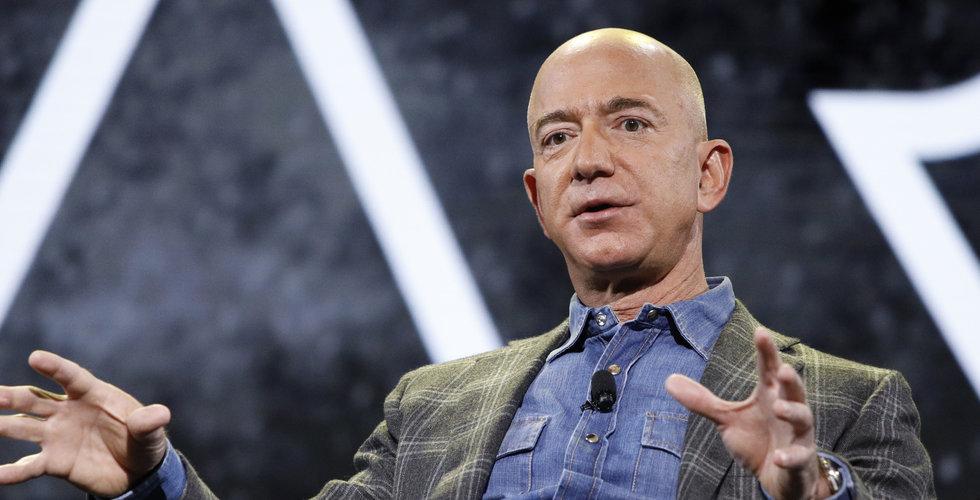 Jeff Bezos slutar som vd för Amazon