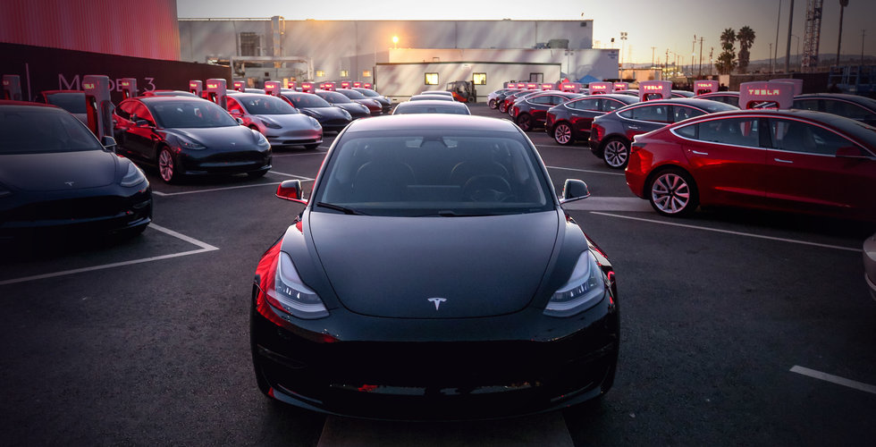 Tronskifte i Norge – Tesla kör om konkurrenterna