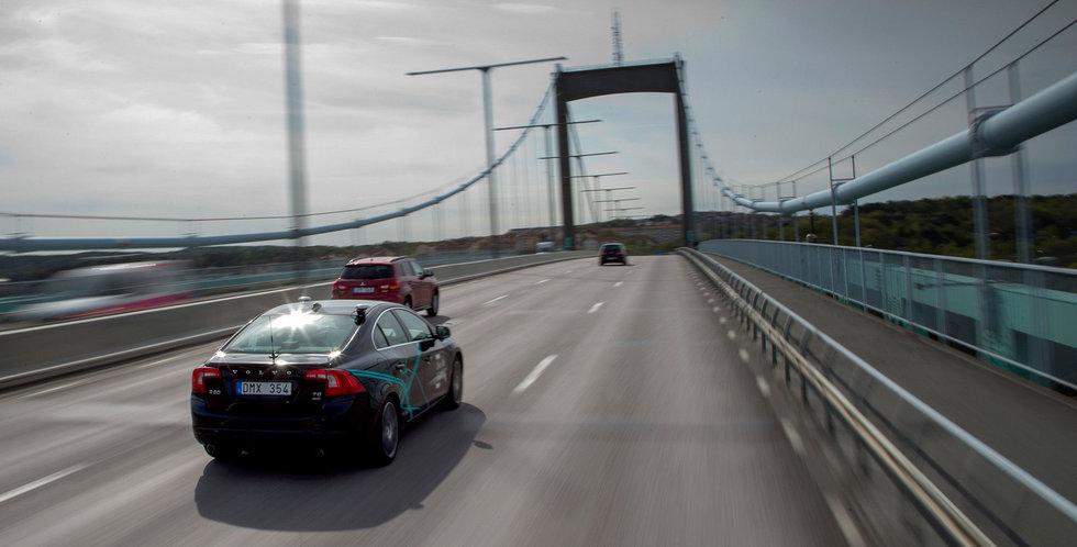 Förarlösa bilar kan rulla på svenska vägar – redan nästa sommar