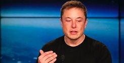 Breakit - Riskkapitalbolaget Silver Lake och investmentbanken Goldman Sachs har engagerat sig som finansiella rådgivare inför en potentiell privatisering av Tesla, enligt bolagets vd Elon Musk.