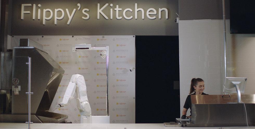 Caliburgers hamburgarstekande robot Flippy tvingas sluta – klarade inte av tempot