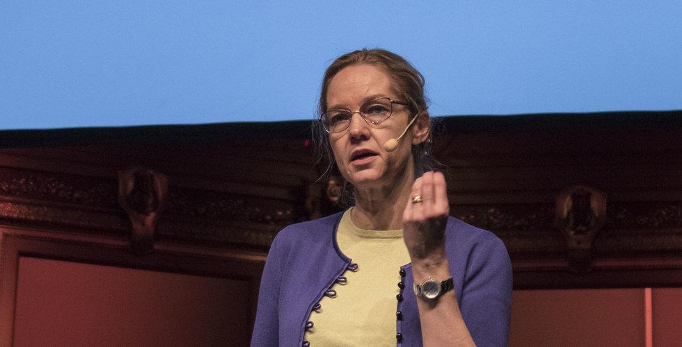 Vice riksbankschefen Cecilia Skingsley: Tänk på oss när du swishar
