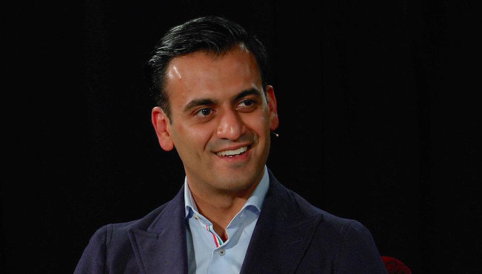 Emad Zand hotades med specialklass som ung - sen sålde han ett techbolag för 200 miljoner