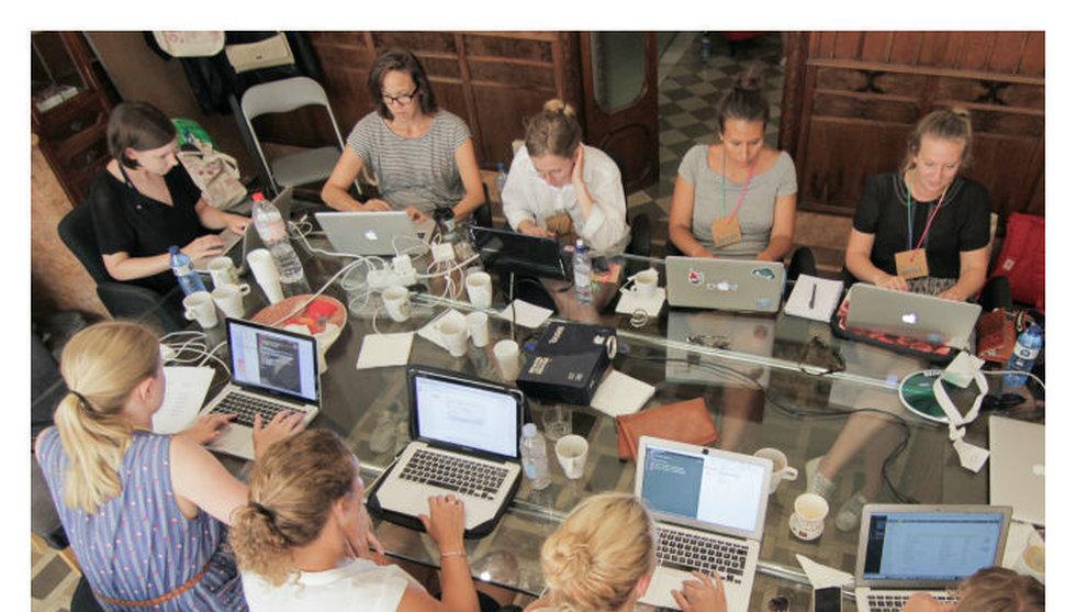 100 tjejer drar till Spanien för att koda - backas av flera techbolag