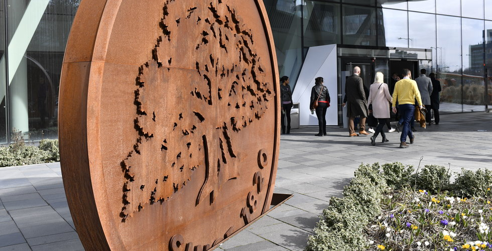 Swedbank sparkar kommunikationschefen