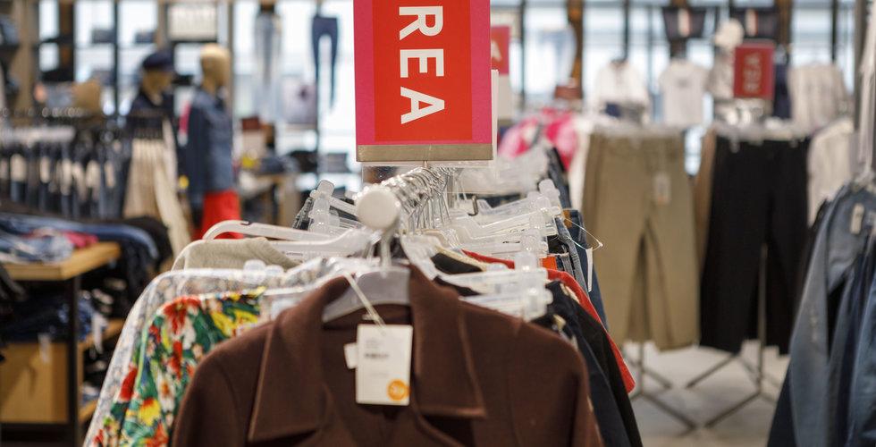 Kraftigt nedåt för klädförsäljningen
