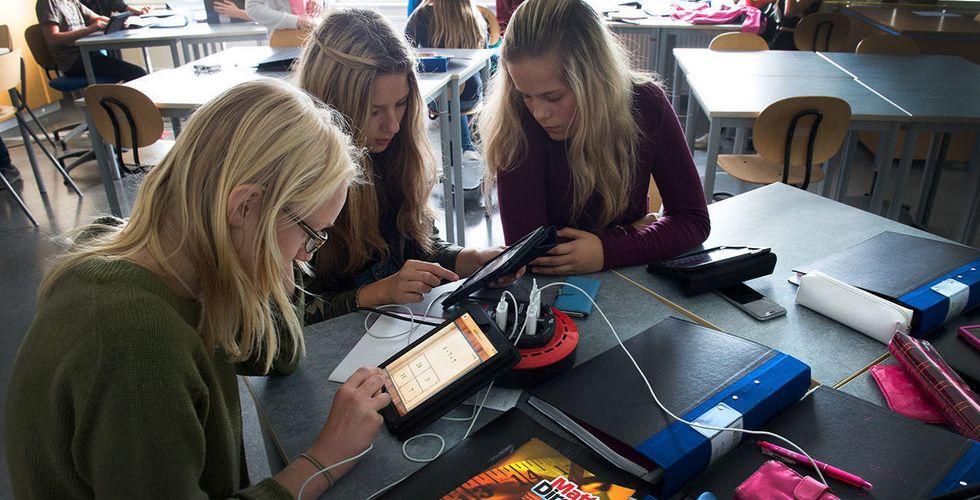 """Konkurrensen om att digitalisera skolan ökar: """"En strid på kniven"""""""