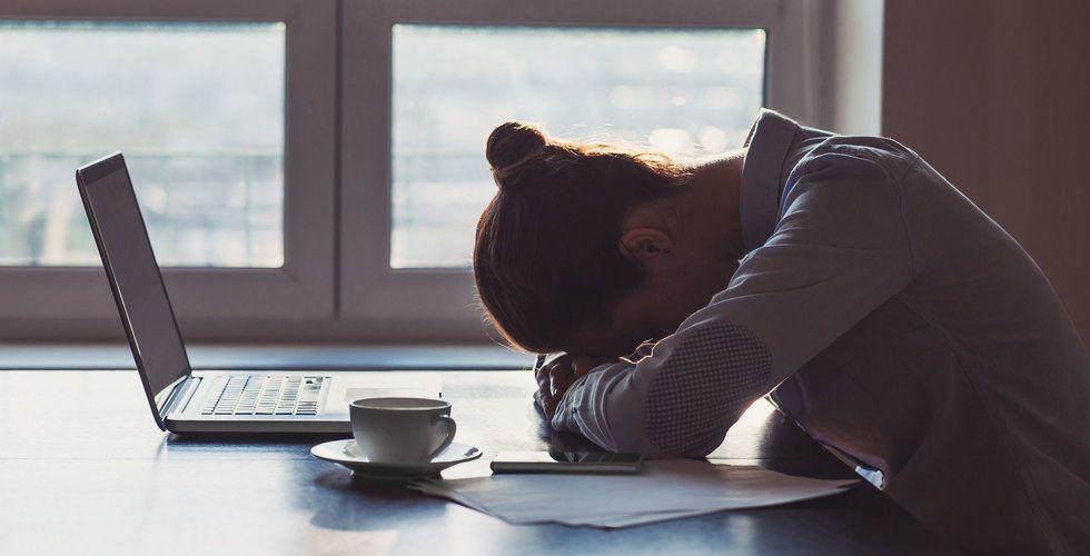 Stress symptom: 11 varningsklockor du måste se upp för!