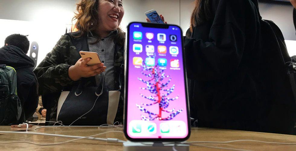 En del av Apples Iphone X har problem med skärmarna