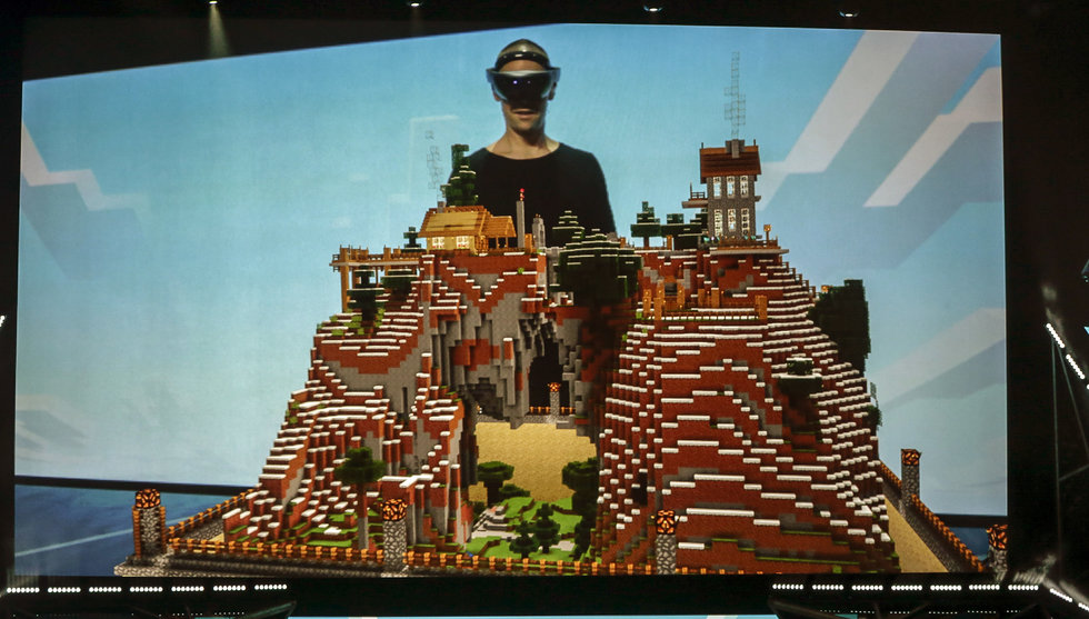 Breakit - E3-mässan: Microsoft vill göra Minecraft-version för AR-glasögon