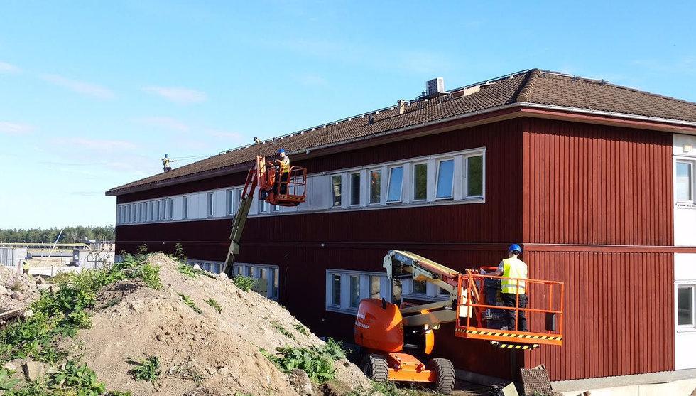 Nya KNC-ägaren köpte hus vid Arlanda – flyttade det till Boden