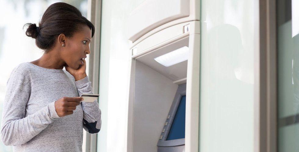 Storbankernas nästa drag – ta betalt för bankomatuttag