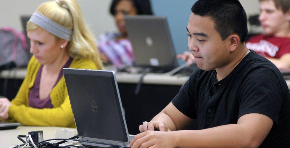 Var tionde elev skrev nationella prov med Digiexams tjänst