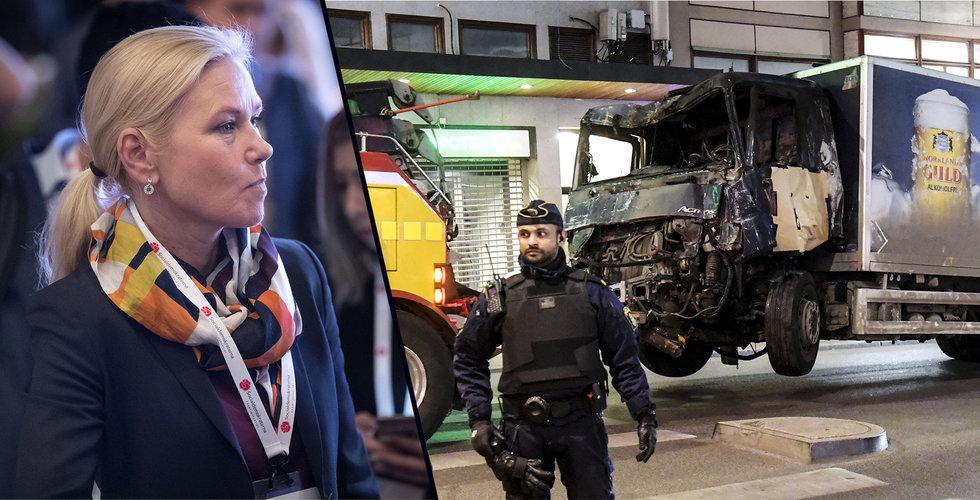 Breakit - Regeringen bjuder in åkerier – vill göra det svårare att kapa lastbilar