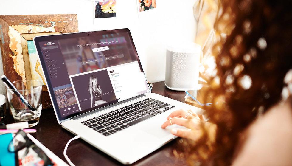"Spotify-konkurrenten Deezer satsar globalt med ""lyxstreaming"""