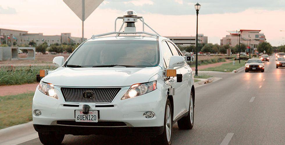 Självkörande bil orsakar krasch - för första gången någonsin