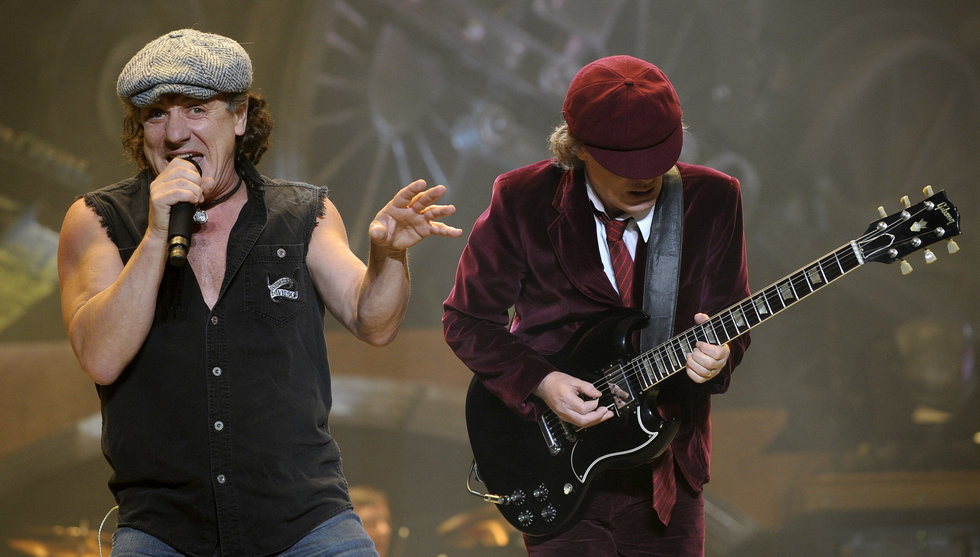 Grattis, alla hårdrocksälskare – nu finns AC/DC på Spotify