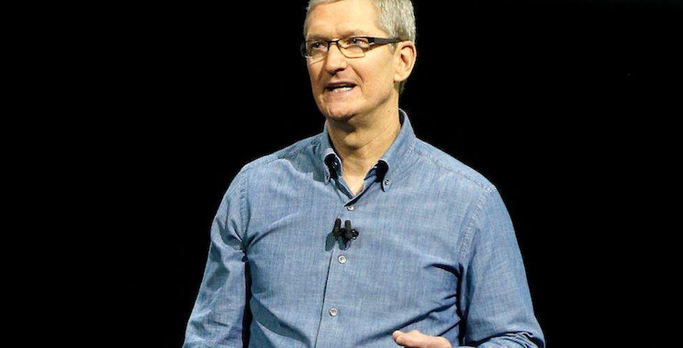 Breakit - Apples vd Tim Cook gör ett jätteklipp när han säljer aktier