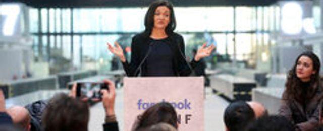 Efter skandalerna – Facebook gör reklamoffensiv för miljarder