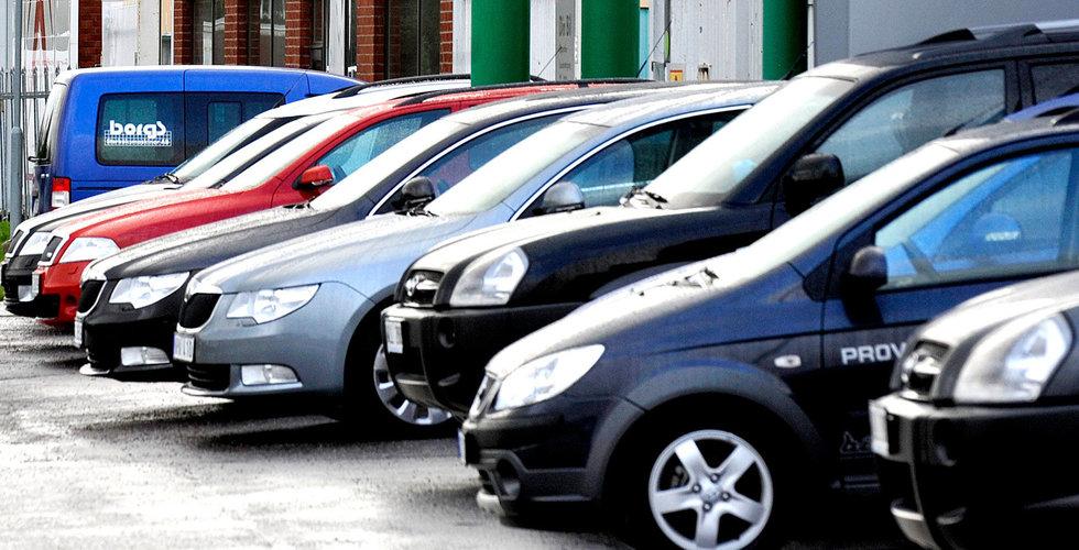 Taxiapptjänster som Uber kommer minska bilförsäljningen