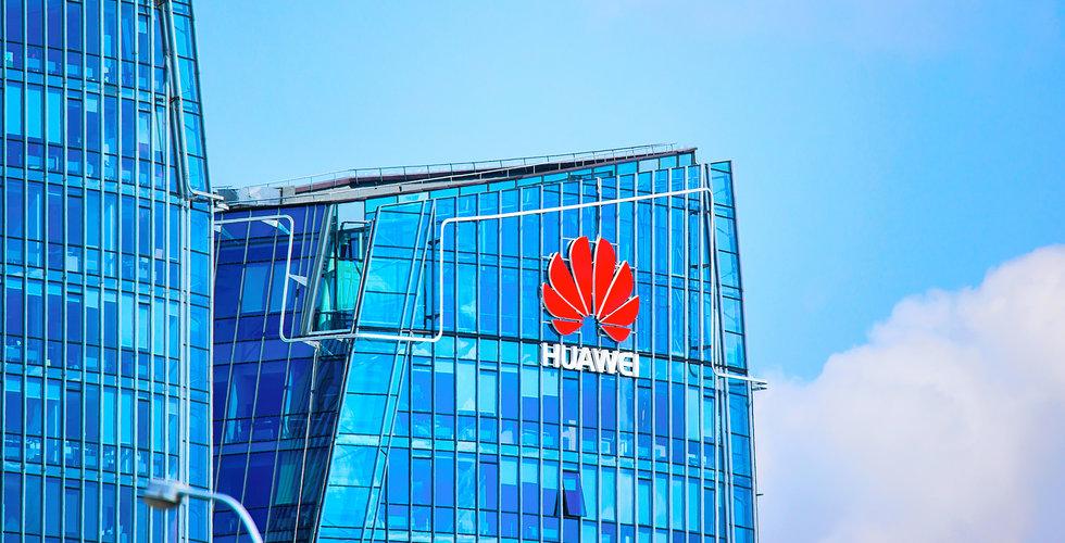 Huawei stämmer tre personer i Frankrike