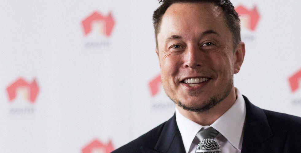 Elon Musk twittrade om Model 3 – då tog Tesla aktien ett skutt