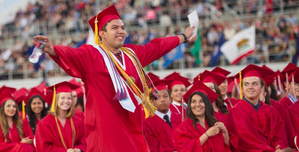 Nu kan studenter få sitt slutbetyg – bara veckor efter påbörjad kurs