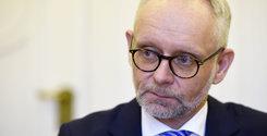Breakit - Uppgifter: Storbankens vd tvingas bort