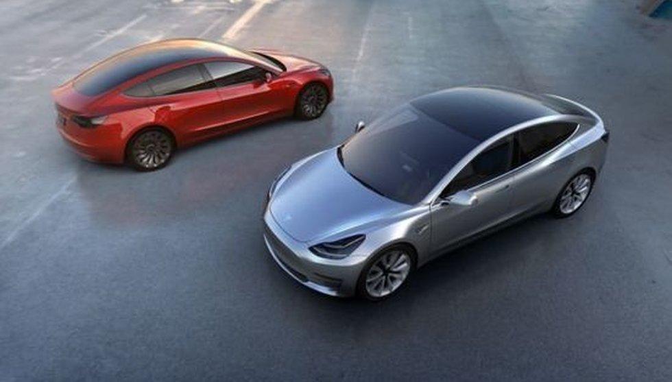 """Breakit - Nu är Teslas """"budgetbil"""" ute - första bilderna på nya modellen"""