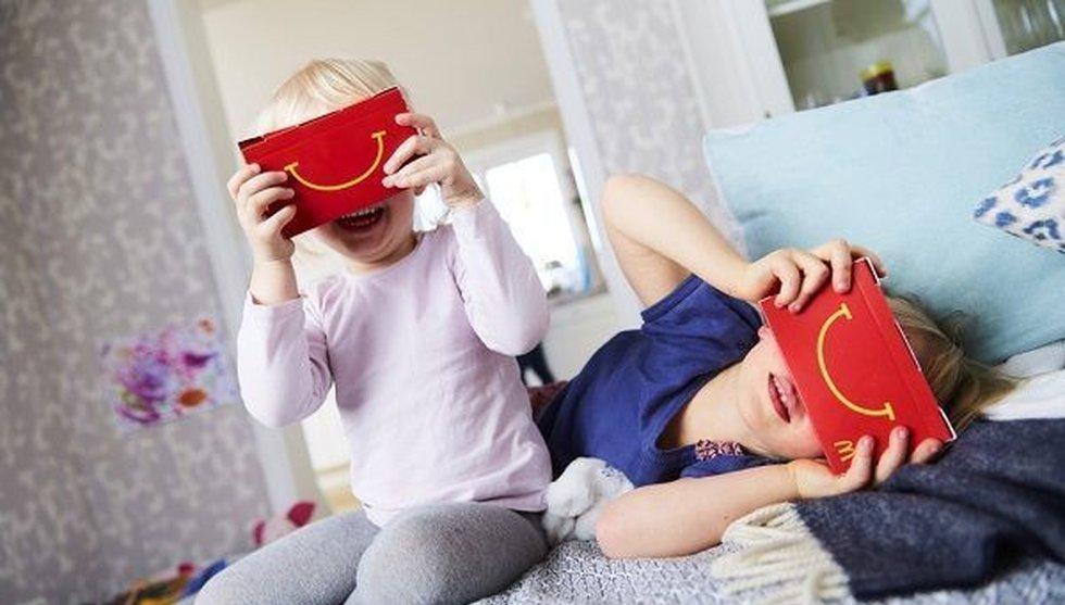 McDonald's hakar på VR-hajpen - gör brillor av hamburgerlådor