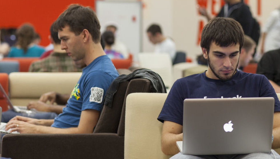 Breakit - Därför låter Mark Zuckerberg sina anställda surfa på 2G-nät