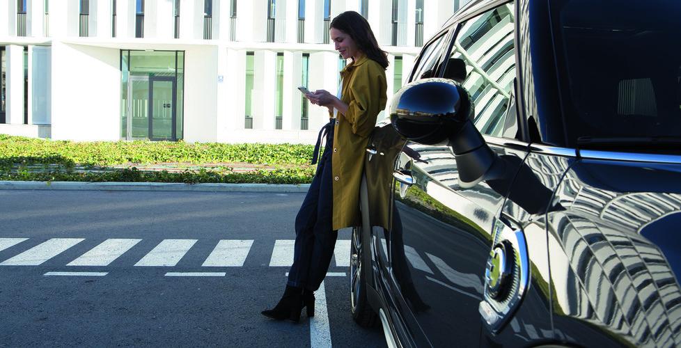 Breakit - Med bilen som ditt mobila kontor – och din personliga assistent