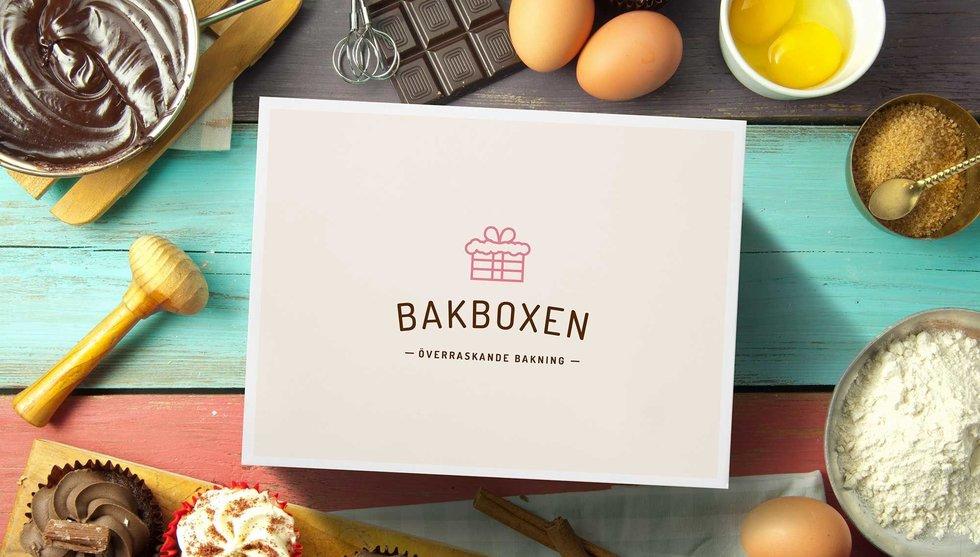 Draken Lars Wingefors vill skicka en låda med baksaker hem till dig