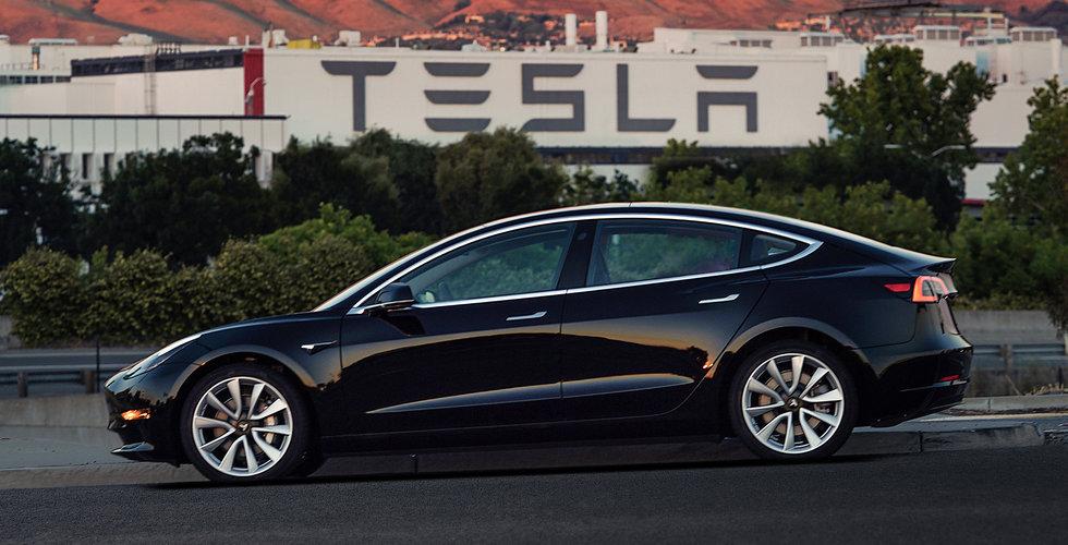 Breakit - Tesla vs Lamborghini – vilken bil är egentligen snabbast?