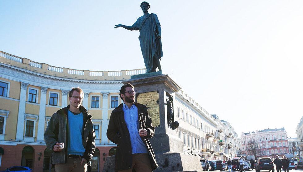 Svenska Beetroot lär ukrainska internflyktingar att knacka kod