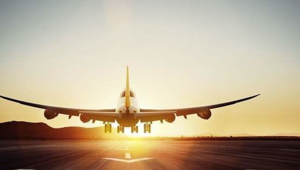 Linda Bjernstål säljer sin resesajt Flygstolen – för hemligt belopp