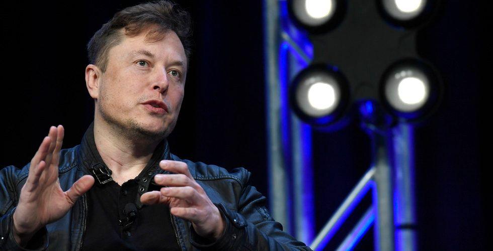 Tesla återkallar bilar