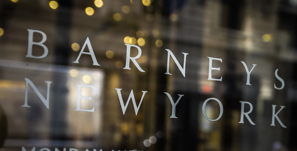 Modekedjan Barneys har ansökt om konkurs