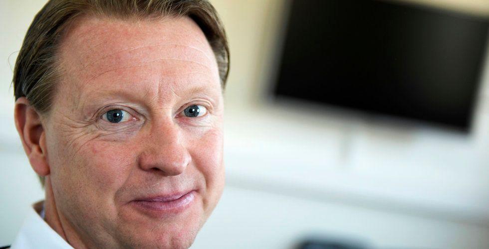 Hans Vestberg greppar klubban i  Verizon