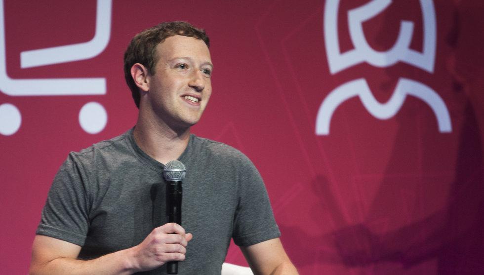 Facebook-grundaren går till frän attack mot mobiljättarna
