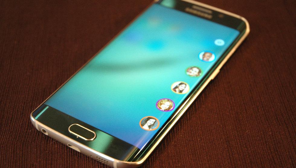 Breakit - Samsungs nya flaggskeppsmobil Galaxy S6 Edge säljer mycket bättre än väntat