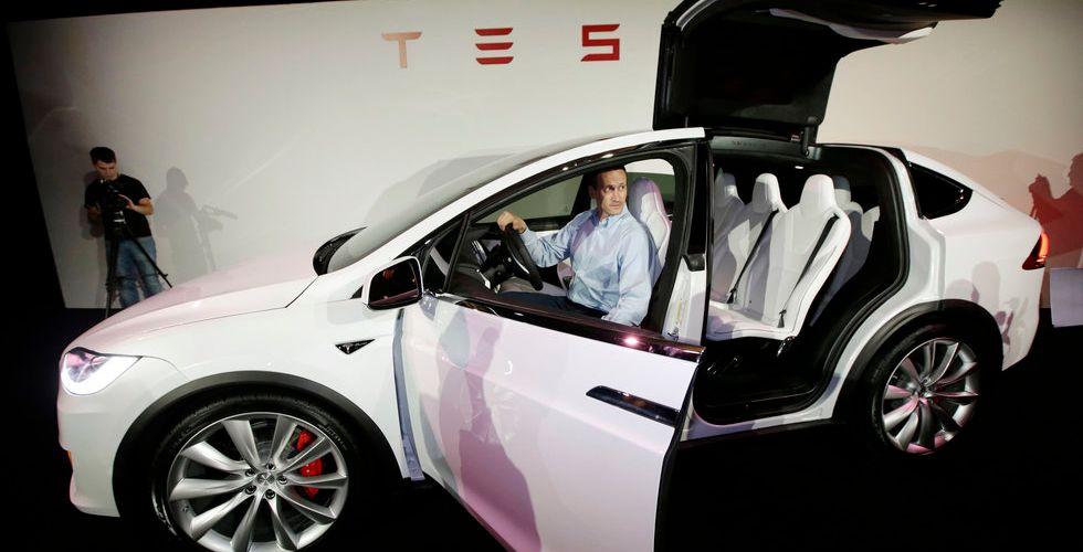 Breakit - Tesla tvingas återkalla tusentals bilar – problem med sina säten