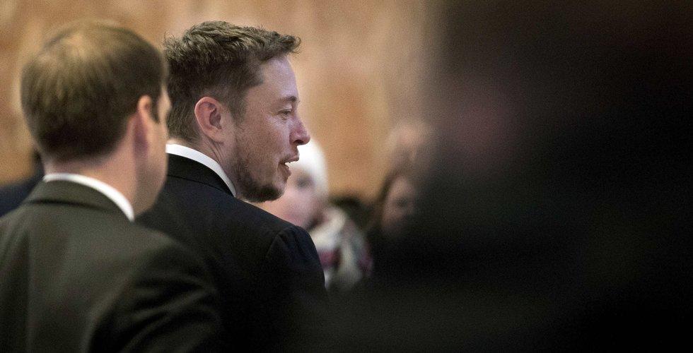Breakit - Elon Musk drar i nödbromsen – tvingas skjuta fram premiär