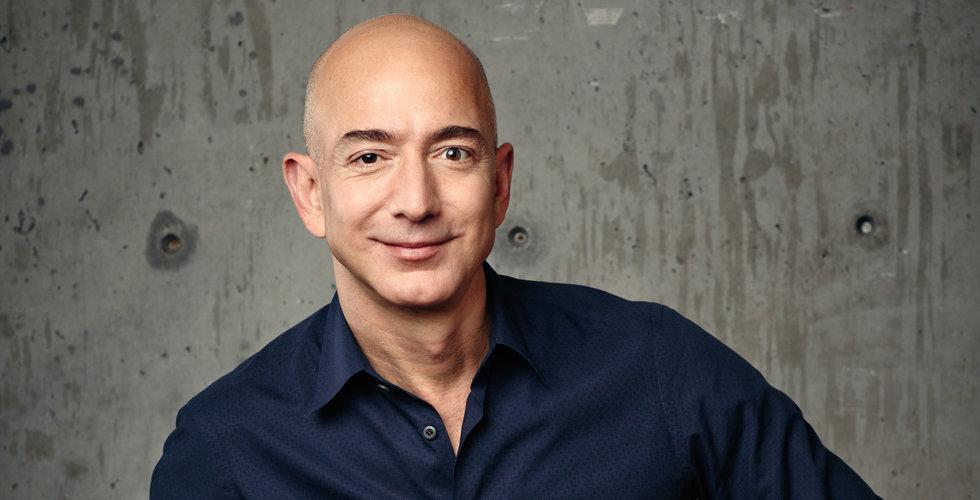 Jeff Bezos är världens första 200 miljarders dollarmiljardär